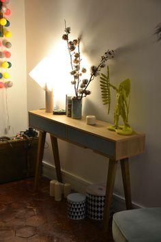 Retrouvez la table console design Retro en chêne - 2 tiroirs bleu pastel - 140 cm sur notre site:  http://www.sodezign.com/fr/table-console-design-retro-en-chene-2-tiroirs-bleu-pastel-140-cm.html