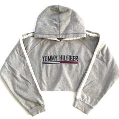 Vintage Tommy Hooded Crop Sweatshirt ($58) ❤ liked on Polyvore featuring tops, hoodies, sweatshirts, crop top, jackets, shirts, hooded sweatshirt, white crop shirt, pullover hooded sweatshirt and white hoodie