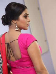 Actress Shamna Kasim hot Photos - Poorna Shamna Kasim hot Pics Boobs in Chudi