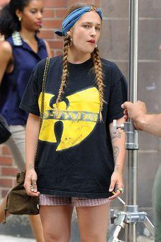 Jemima Kirke, fashion and style, GIRLS tv star on Glamour.com (Glamour.com UK)