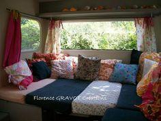 intérieur de la caravane ,vintage camper