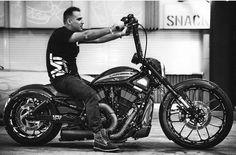 Ride Out, Harley Davidson V Rod, Street Bikes, Jeep Wrangler, Yamaha, Honda, Biker, Motorcycle, Double Tap