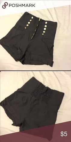 Black shorts high waisted S/M Black shorts high waisted dressy and stretchy. S/M ponnytail Shorts