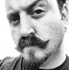 Van Dyke 7 Facial Hairstyles We Wish Would Make A Comeback Mustache Styles, Beard No Mustache, Van Dyke Bart, Hair And Beard Styles, Hair Styles, Male Grooming, Face Hair, Bearded Men, Comebacks