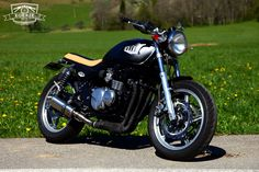 Kawasaki Zephyr ZR 550 1996 - bratstyle caferacer - EGERIE MOTO