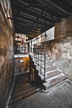 glasgow school of art - stair by abbozzo, School Architecture, Interior Architecture, Glasgow School Of Art, Art School, Art Nouveau, London Brick, Street Art London, Charles Rennie Mackintosh, Brick Lane