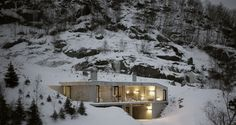 Hytte Sirdalen is a minimal home located in Sirdal, Norway, designed by Filter Arkitekter
