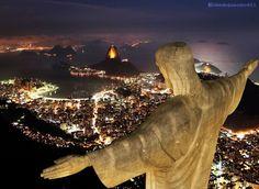 A noite cai no Rio de Janeiro - Cidade Maravilhosa... Beleza que encanta!!