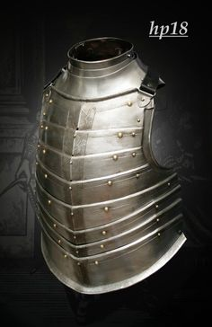 "Pracownia ""MORION"" Maciej Kotlarz - Płatnerstwo i Kowalstwo Artystyczne Lamellar Armor, Medieval Weapons, Knight Armor, Gun Holster, Arm Armor, Period Costumes, English Style, Sands, Knights"