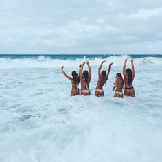 Girl, and friends best bud, bff pictures, best friend pictures, friend phot Bff Pictures, Best Friend Pictures, Friend Photos, Beach Pictures, Surfer Girls, Summer Goals, Summer Of Love, Best Friend Goals, Best Friends