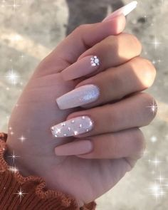 In seek out some nail designs and some ideas for your nails? Here's our listing of must-try coffin acrylic nails for modern women. Summer Acrylic Nails, Cute Acrylic Nails, Acrylic Nails With Design, Painted Acrylic Nails, Summer Nails, Aycrlic Nails, Swag Nails, Coffin Nails, Stiletto Nails