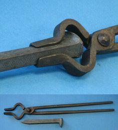 Tool for proper holding of rail spike
