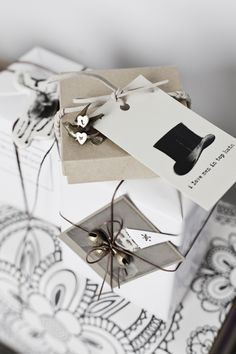 Add vintage style embellished tags with simple shapesto your next gift wrapping adventure. -  honeypieLIVINGetc