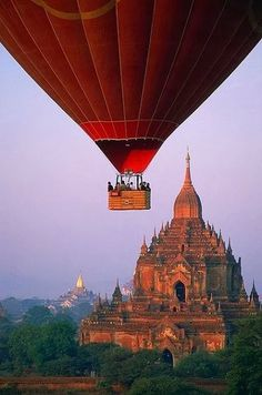 10,000,000 Artists & Artlovers - Google+ - Hot-air-balloon flight over the temples in Bagan, Myanmar,…