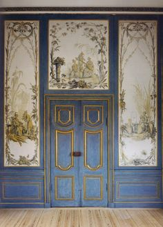 Chinoiserie interior at the Kina Slott, Drottningholm, via Jane Love. [I love the blue and gold.]
