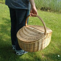 Sun is up, let's go out and have a picknick Summer Fun, Watering Cans, Baskets, Products, Accessories, Style, Bangle Bracelet, Hand Made, Swag
