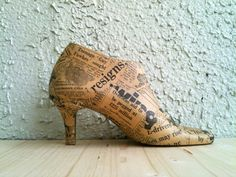 Vintage Wooden Shoe Form Fall Home Decor by LeftysHandcrafts