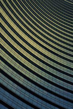 Geometric and Dizzying Architecture Photography – Fubiz Media
