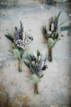 Natural flower bouquets are trending this season for spring and summer weddings. These wedding bouquets are a simple, cheap and beautiful addition to any wedding.