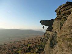 Route: Quietus Right Hand © Apharri  Climber: Adam Harrison