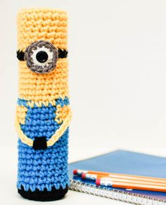 Fun and free crochet pencil case pattern that your kids will love!