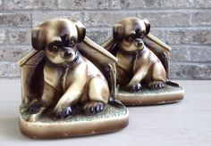 Vintage Chalkware dog/puppy bookends.    Misinterpreted on Etsy