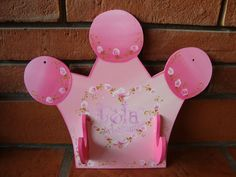 3 Decoupage, Modern Furniture, Furniture Design, Princess Crafts, Girls Bedroom, Little Girls, Pony, Kids Room, Hanger
