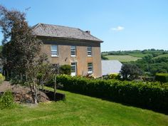 Hyner Farm, Christow, Exeter, Devon, UK, England. Bed and Breakfast. Travel. Staycation.   Holiday. Golf Nearby. Pets Welcome. Garden. Wifi.
