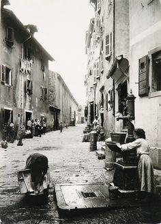 The Trieste of James Joyce – Joyce Museum Vintage Photography, Street Photography, Vintage Sailor, Trieste, Slovenia, Old Photos, Nostalgia, The Past, Street View