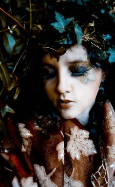 Photography :samantha gerber  Mua :Eloise Venter   Creature of earth  #makeup #forest