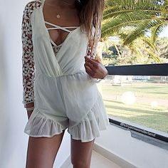 #romper #playsuit #jumpsuit #white #floral #lace #summer #summervibes