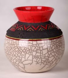 Zulu pottery African Tribes, African Art, African Safari, African Style, African Pottery, Art Decor, Decoration, African House, African Textiles