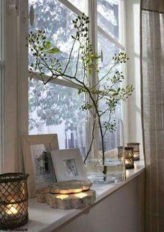 What prospects: Window decoration in autumn - Wohnen - DIY Deko Decor, Diy Pallet Sofa, Window Ledge Decor, Window Sill Decor, Windows, Window Decor, Ledge Decor, Living Room Windows, Home Decor