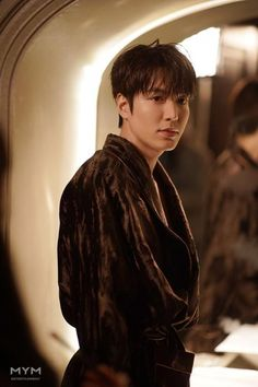 As lee gon ~ cut scene The King: Eternal Monarch 2020 Korean Drama Netflix New Actors, Actors & Actresses, Drama Korea, Korean Drama, Asian Actors, Korean Actors, Asian Celebrities, Lee Min Ho Wallpaper Iphone, Lee Min Ho Dramas