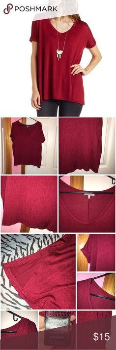 """Charlotte Russe Draped Sleeved V-Neck Top Only worn to model for photos otherwise never been worn. Has been washed. Relaxed fit. Color is wine. V-neck top. Small side slits on the side. Approx 24.5"""" in length. Stock photo from Charlotte Russe. 👉🏻ALL items under $10 prices are firm unless bundled.👈🏻 ❌NO TRADES❌ Charlotte Russe Tops Tees - Short Sleeve"""