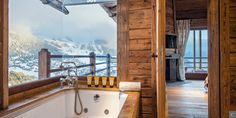 Located in the #Verbier #ski resort, the #luxury #chalet Alisma offers a stunning view on snow-covered #Swiss landscapes!  More on http://clni.st/1yJTqOT  #skiing #winter #travel #mountain