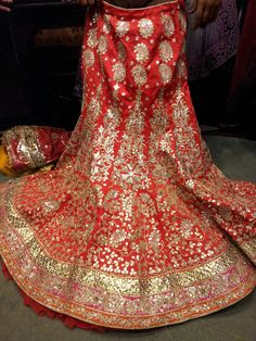 bridal red lehenga choli with zardosi and gota patti embroidery Indian Wedding Outfits, Indian Outfits, Pakistani Dresses, Indian Dresses, Rajasthani Lehenga, Rajput Jewellery, Bridal Lehenga Collection, Rajputi Dress, Dress Indian Style
