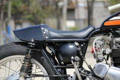 Kawasaki W3 by Motor Garage Goods