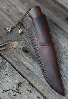 Click to Close Leather Craft Tools, Leather Projects, Leather Art, Leather And Lace, Knife Sheath Making, Leather Knife Sheath Pattern, Axe Sheath, Custom Leather Holsters, Handmade Leather Wallet