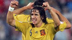 Drenched but smiling! Che Guevara, Soccer, Futbol, Soccer Ball, Football