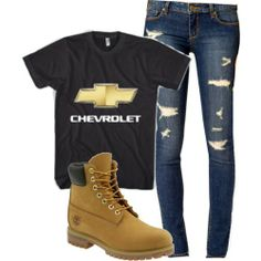 Totally me. Chevy girl (Minus the boots) Camo Outfits, Cowgirl Outfits, Western Outfits, Western Wear, Redneck Outfits, Motocross Outfits, Redneck Clothes, Camo Clothes, Cowgirl Fashion