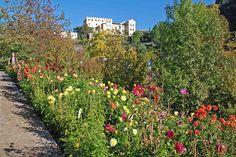 Gartenkunst oder Wege nach Eden: Die Gärten von Schloss Trautmannsdorf in Meran