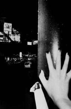 Daido Moriyama - Shinjuku No. 11, 2000. S)