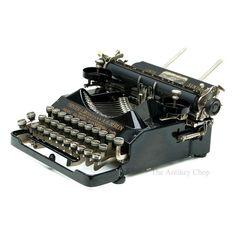 Antique Senta Typewriter from The Antikey Chop on Etsy