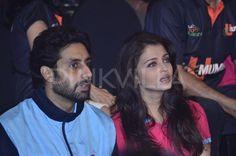 Abhi-Ash spotted cheering Jaipur Pink Panthers | PINKVILLA