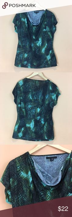 """Kenneth Cole Animal Snake Print Top Kenneth Cole Snake Skin Pattern Short Sleeve Top Size Large100% polyester pit to pit 23"""" Length 27"""" Kenneth Cole Tops"""