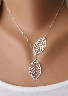 Openwork Leaf Pendant Necklace