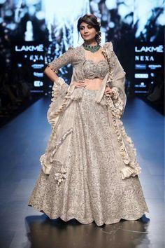 9ec7916fc08327 Shilpa Shetty is a showstopper for designer Jayanti Reddy Label at Lakme  Fashion Week 2018