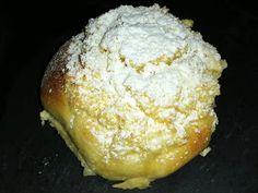 Portuguese Desserts, Portuguese Recipes, Food Cakes, Croissants, Easy Holiday Desserts, Custard Tart, Cake Recipes, Good Food, Sweets
