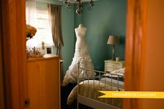Display your dress on a mannequin instead of a hanger!  // © gntphoto.com